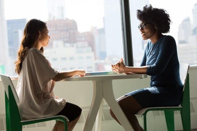 Entretien d'embauche : Savoir répondre aux difficiles questions 5 qualités 5 défauts